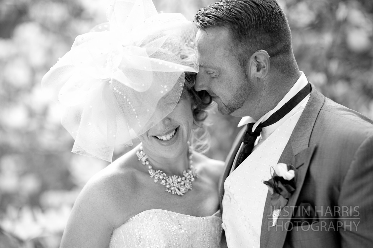 Michelle & Marks Wedding photography, at the Cawdor Arms Llandeilo, Carmarthen.